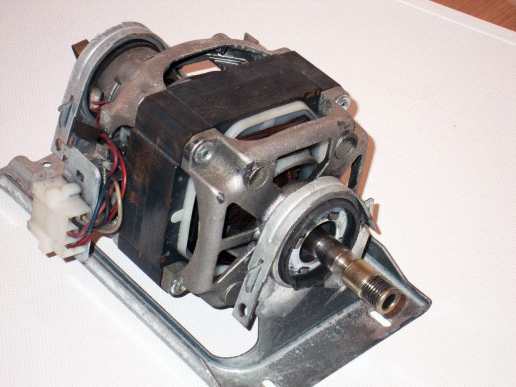 схема подключения однофазного двигателя с якорем