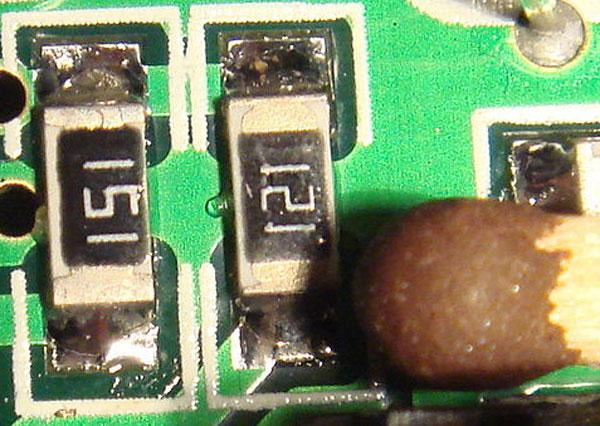 резисторы SMD и спичечная головка